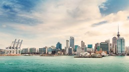 Auckland harbour - photo: Bigstock.com / LevKr